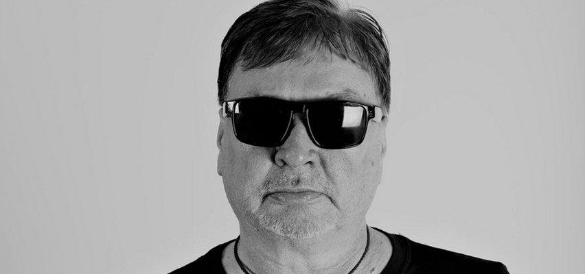 """Paweł Nikodemski nie żyje. Tak klawiszowca zespołu """"Rezerwat"""" pożegnał przyjaciel"""