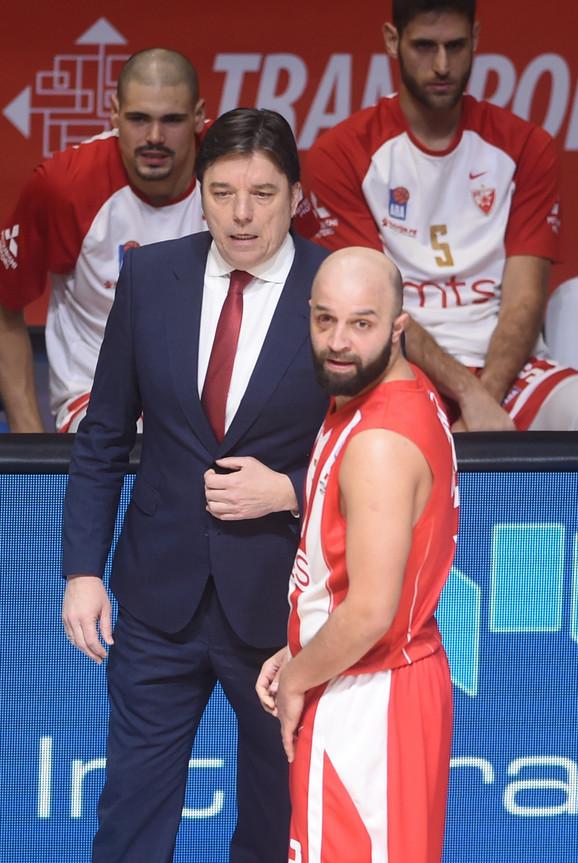Pomoćni trener Andrija Gavrilović je savetovao Čovića