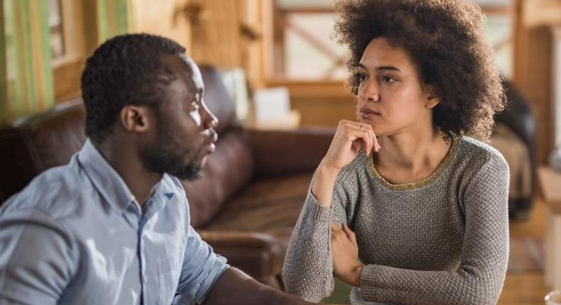 This is how & when to seek clarity when dating [Source: Cassiius Life]