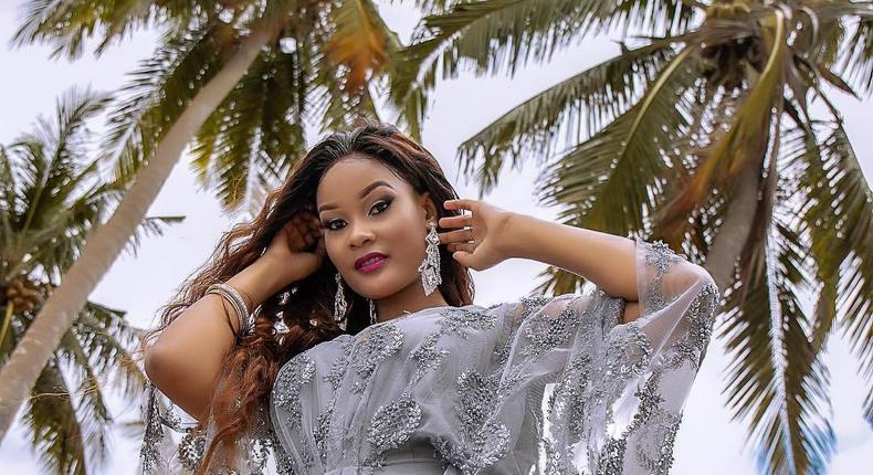 Hamisa Mobetto. Hamisa Mobetto accuses Diamond of being bad Omen in her life