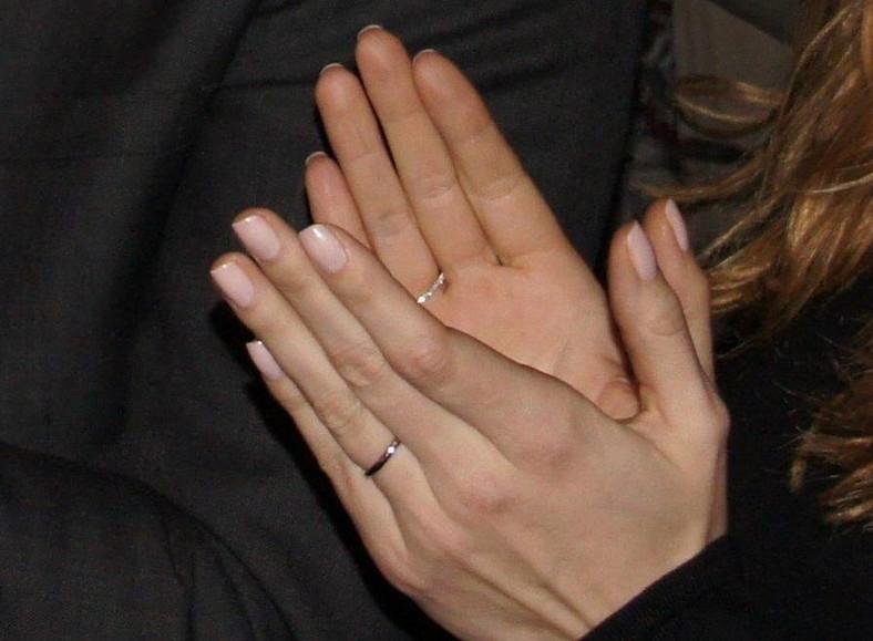 Obrączka na palcu Katarzyny Gwizdały