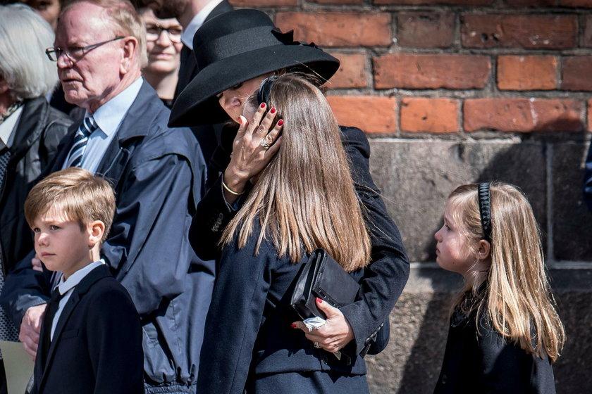 Miliarder stracił troje dzieci w zamachu. Tłumy na pogrzebie