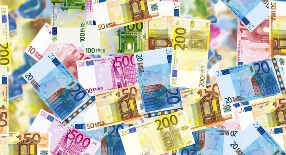Deals-Mittwoch: 460 € Rabatt auf Samsung Galaxy S20 FE & mehr