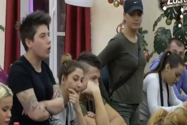 Zorana rekla da je videla Matoru kako vuče belo u WC-u! Ona pobesnela pa se obratila produkciji!VIDEO