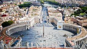 Watykan: na Placu Świętego Piotra będzie jaśniej i taniej