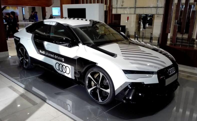 """Gość specjalny konferencji pt. """"Autonomiczna przyszłość transportu drogowego"""": """"Bobby"""", czyli Audi RS 7 Sportback piloted driving concept"""