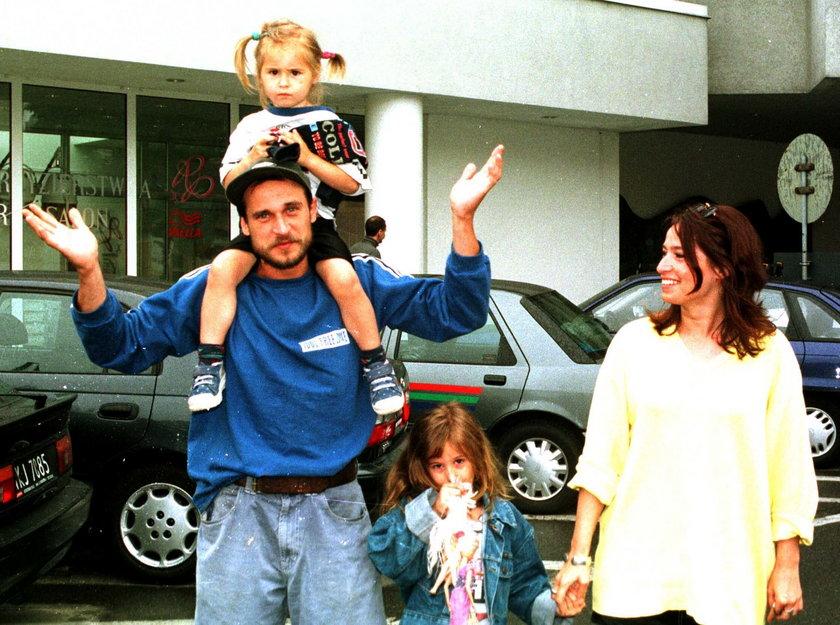 Paweł i Małgorzata Kukizowie z córkami