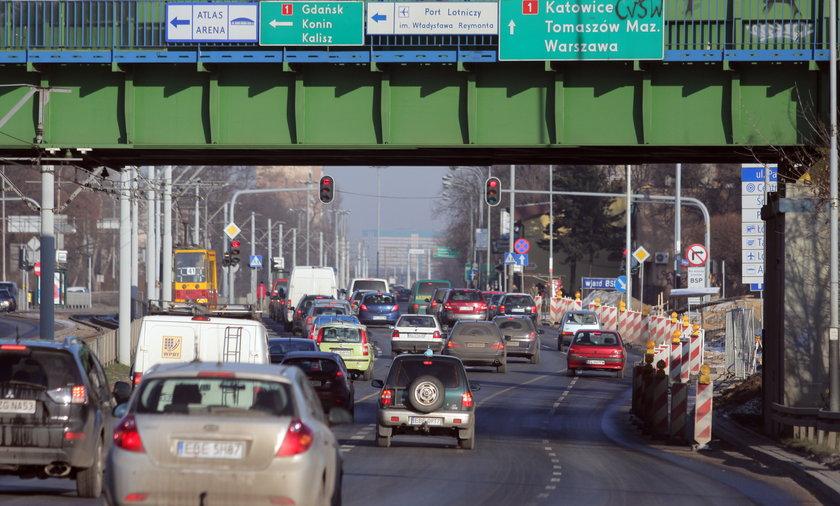 Pogubisz się: w Łodzi nie ma drogowskazów na autostradę