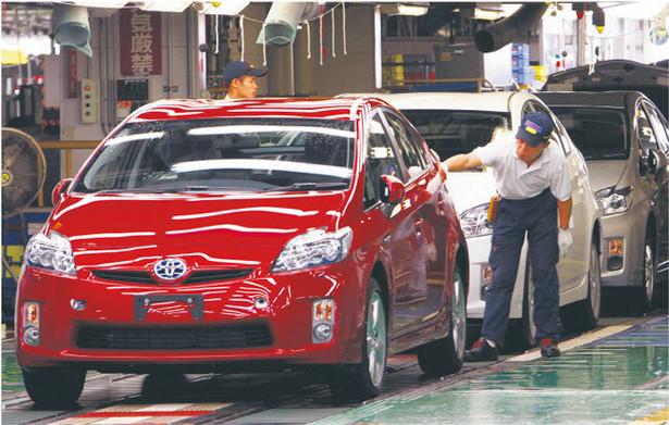 Już w przyszłym tygodniu Toyota zacznie sprzedawać urządzenie naśladujące głos silnika Fot. AP
