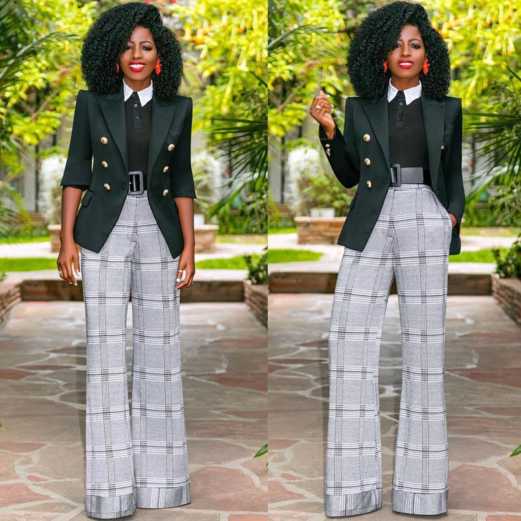 Fitted blazers with a wide-leg pants will look amazing on you [Curated: Instagram/ Folake Kuye Huntoon]