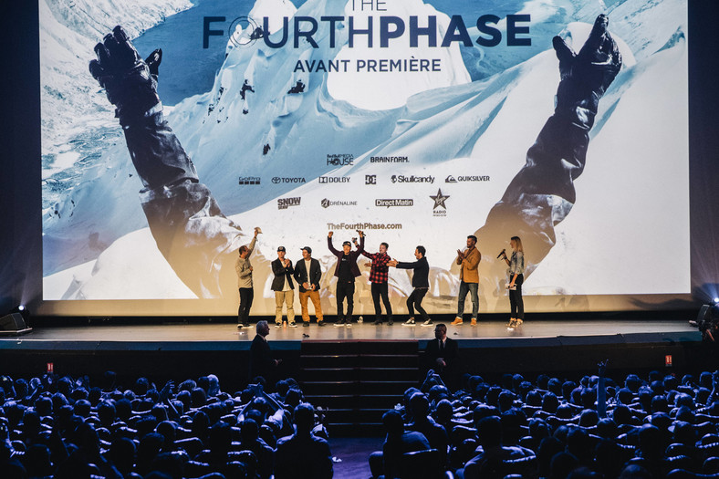 "Premiera ""The Fourth Phase"""