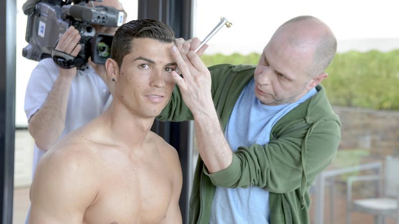 Tak nago wygląda Cristiano Ronaldo... odlany z wosku