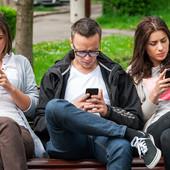 """Kontroverzna aplikacija koja prima samo """"atraktivne"""": Odabrali su iz koje zemlje dolaze NAJLEPŠI I NAJRUŽNIJI muškarci i žene"""