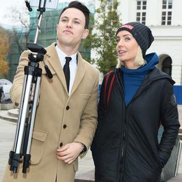 Agnieszka Woźniak-Starak i Julia Kamińska w charytatywnym marszu. Która wyglądała lepiej?