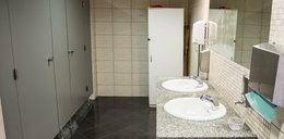Były już urzędnik zamontował kamerę w miejskiej toalecie. Nowe fakty ws. podglądacza z Witnicy