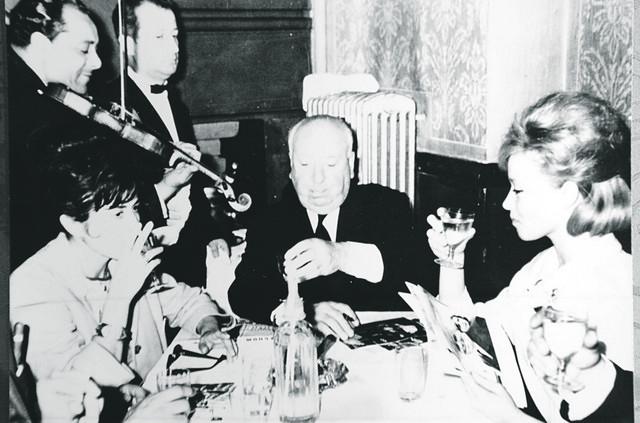 Milena Dravić i Alfred Hičkok u Skadarliji