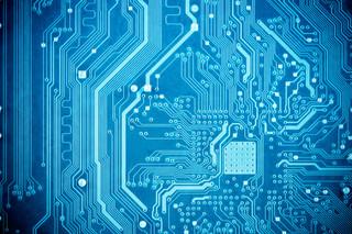 Meltdown i Spectre. O co chodzi w aferze z procesorami Intela?