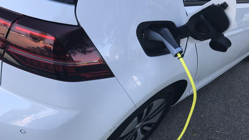 Nowe baterie wydłużą zasięg aut elektrycznych