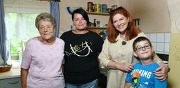 Dom Kajetana jego mamy i babci, był w opłakanym stanie. Pomogła ekipa Dowbor