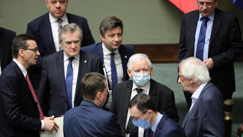 Jarosław Kaczyński, Mateusz Morawiecki, Piotr Gliński, Jacek Sasin, Mariusz Kamiński, Michał Dworczyk, Ryszard Terlecki