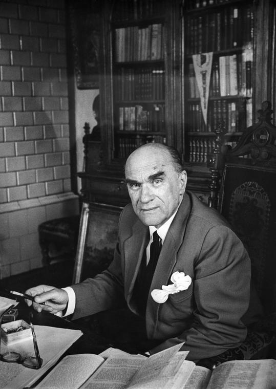 Jarosław Iwaszkiewicz w pracowni w Stawisku, sierpień 1966 roku