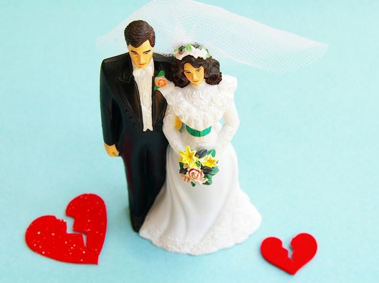 Randki z mężczyzną, który jest w separacji, ale nadal jest w związku małżeńskim
