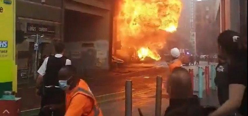 Wielki pożar i eksplozja w Londynie. Kula ognia przy stacji kolejowej