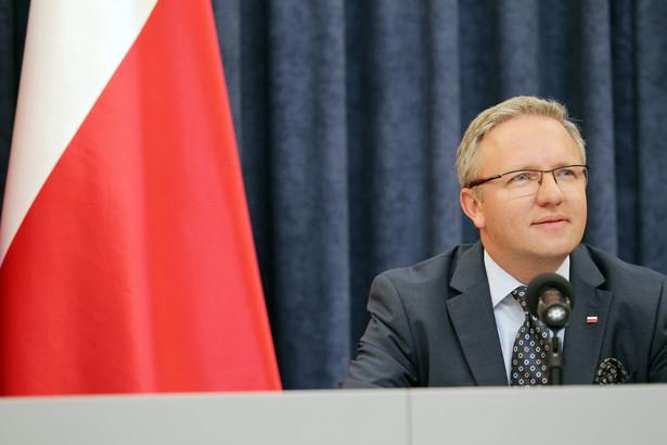 Szczerski towarzyszy prezydentowi Andrzejowi Dudzie, który bierze udział w rozpoczętym w środę w Płowdiwie, w Bułgarii, dwudniowym spotkaniu prezydentów państw grupy Arraiolos.
