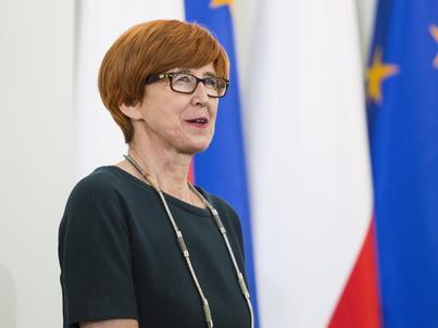 Elżbieta Rafalska nie wyklucza, że ustawa ograniczająca handel w niedziele może się zmienić