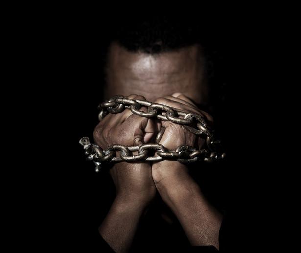 Teoretycznie współczesne niewolnictwo wydaje się nawet brutalniejsze od tego sprzed wieków.
