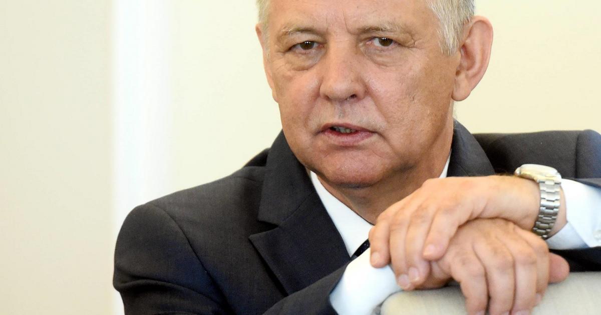 Marian Banaś złożył w Kancelarii Sejmu wniosek o bezpłatny ...
