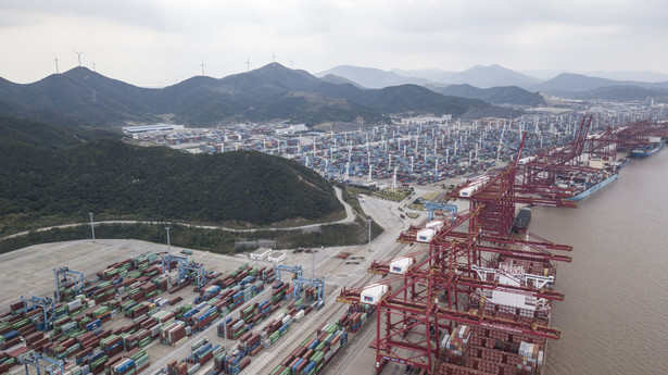 Port kontenerowy Ningbo-Zhoushan, Chiny transport globalizacja kontenery kontenerowiec łańcuch dostaw
