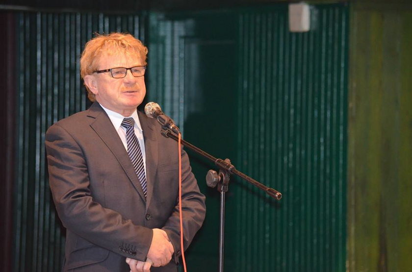 Podsłuchy w liceum w Toruniu