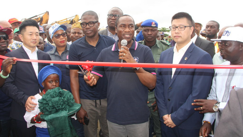 The Lagos State Deputy Governor, Dr Obafemi Hamzat flagging off the Continuation of the Reconstruction of the Lagos-Badagry Expressway on Tuesday. (NAN)