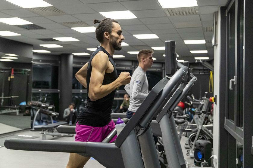 Latem w Tokio każdy powalczy o swój – Marcin pobiegnie na 1500 metrów, Adam zaś na 800 m.