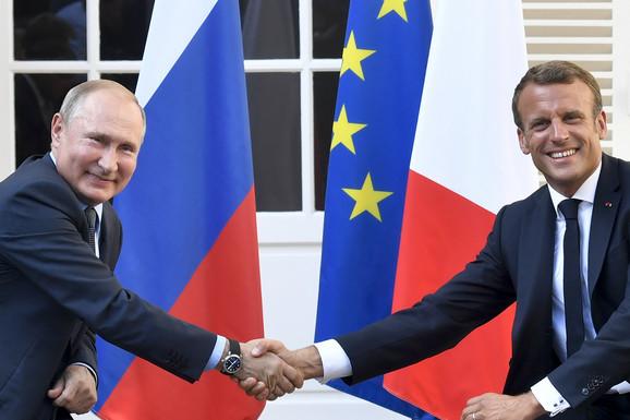 Šahovska igra lidera G7: Tramp želi Rusiju u klubu, sve zavisi od Makrona, a jedan scenario Putin NAJVIŠE PRIŽELJKUJE