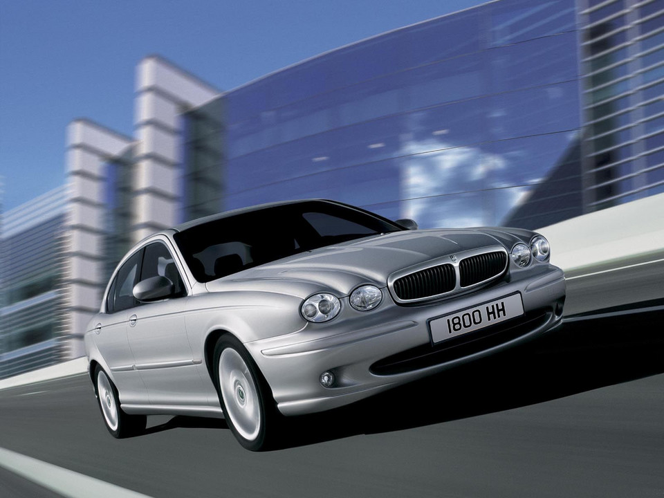 Jaguar X-Type (2001 rok)
