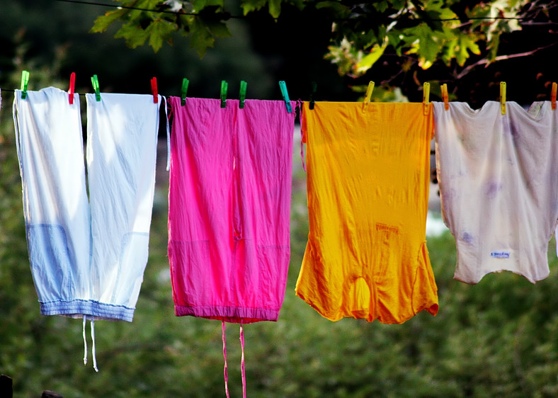 Why your laundry smells even after washing (Sooo Fabulous)