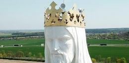 Anteny znikną z głowy Chrystusa. Biskup stracił cierpliwość