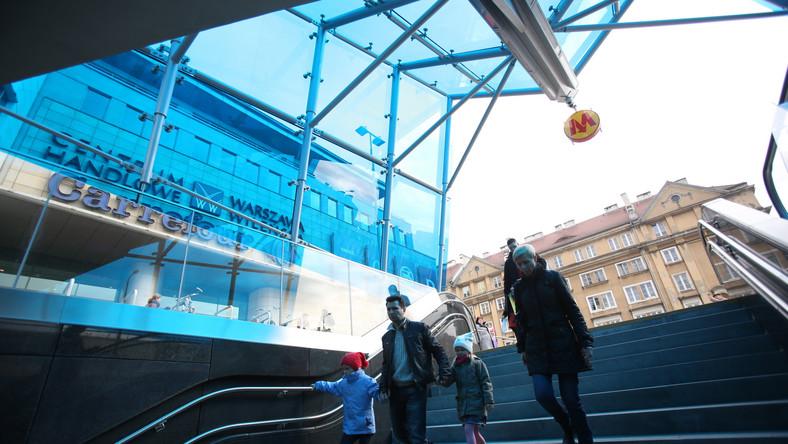 Wejście na Stację Dworzec Wileński