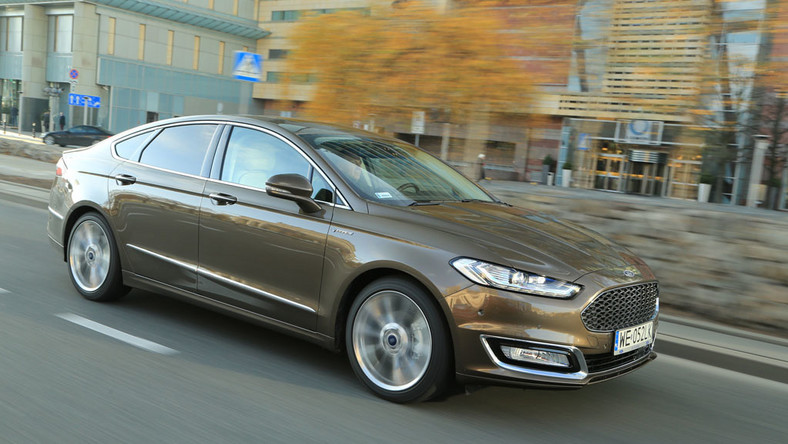 Ford Mondeo Vignale - Ford chce być Premium