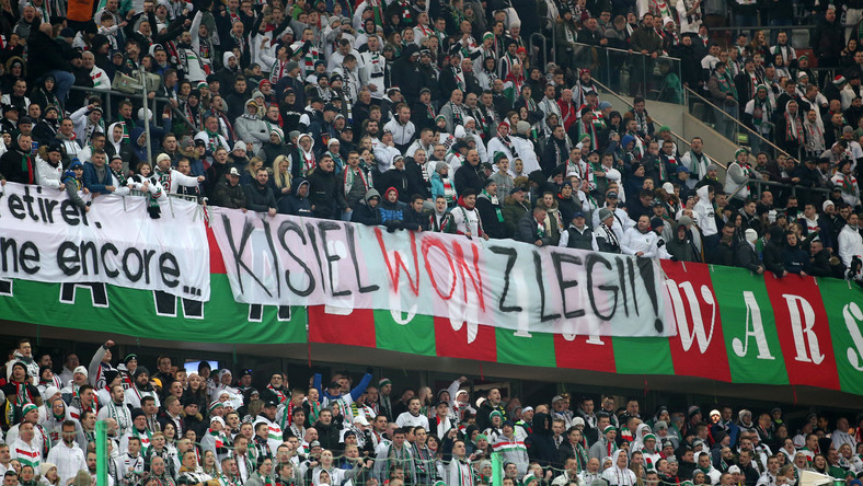 Transparent na stadionie Legii