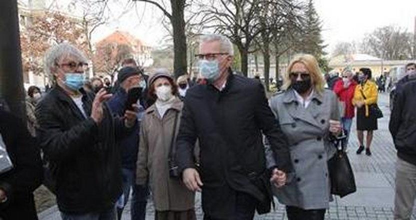 Zobacz, kto przyszedł na pogrzeb Krzysztofa Krawczyka. Galeria