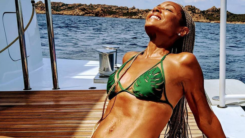 Jada Pinkett-Smith's Abs Look Amazing
