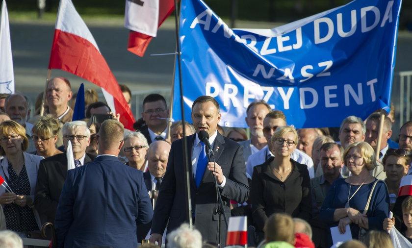 PiS boi się szerokiego obozu poparcia prezydenta