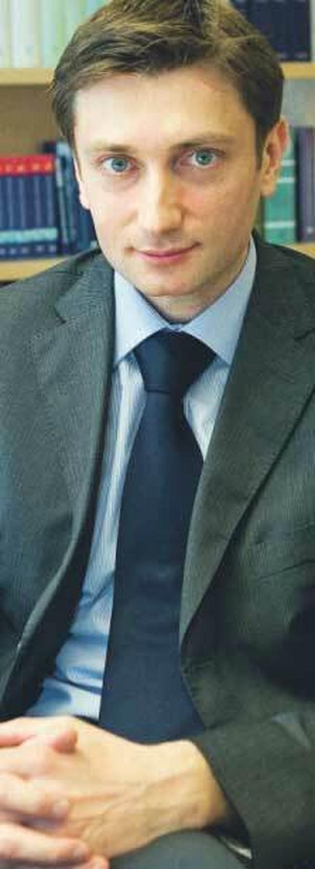 Łukasz Pisarczyk, adiunkt z Wydziału Prawa UW, laureat nagrody Złote Skrzydła GP Fot. Wojciech Górski