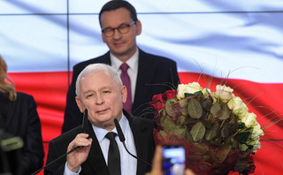 'Przed nami cztery lata ciężkiej pracy'. Kaczyński po ogłoszeniu sondażowych wyników wyborów