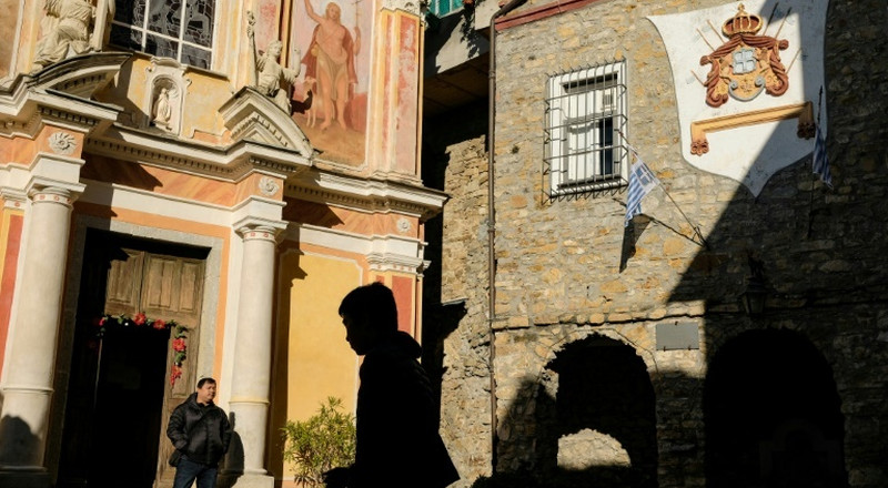 Royal rivalry in Italian Riviera 'micronation'