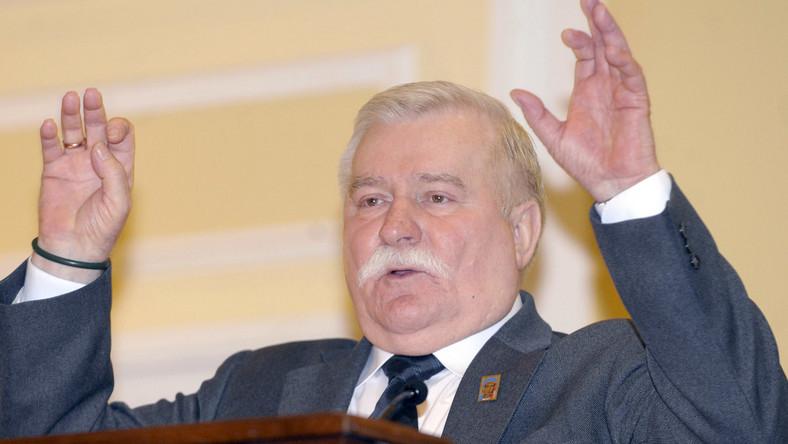 Wałęsa: Bliźniacy to paranoicy