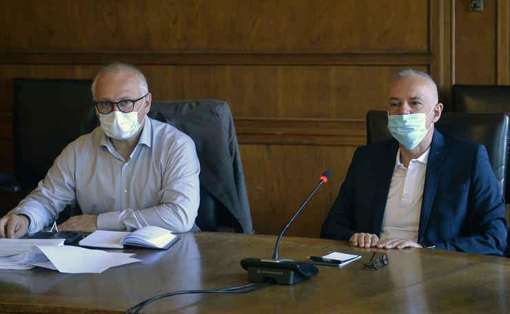 Vesić i Radojčić maske